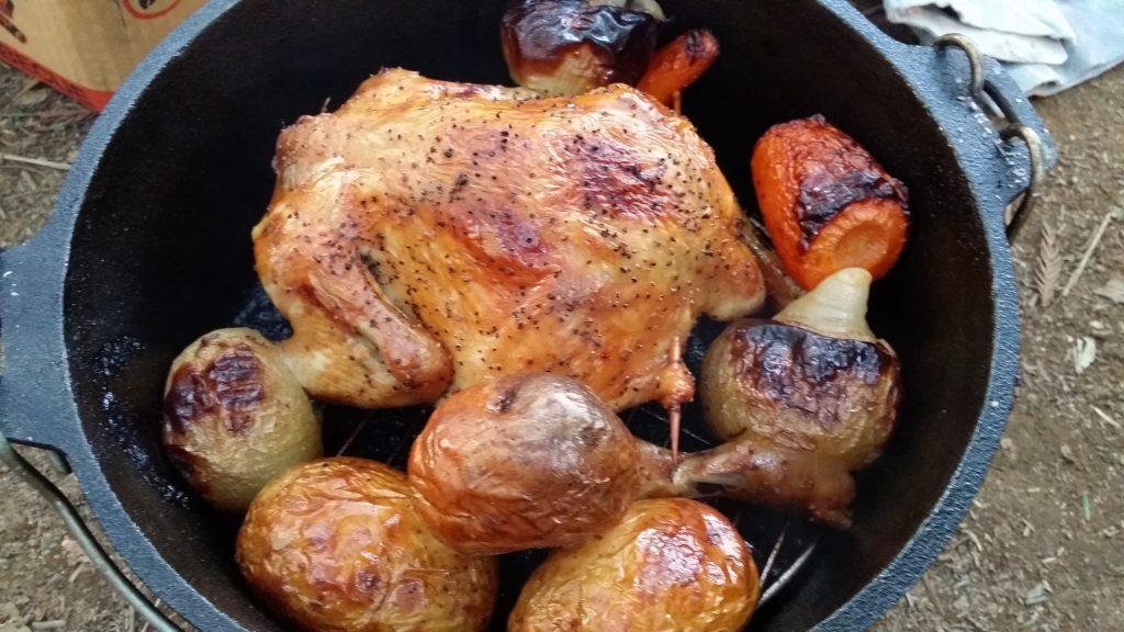 ダッチオーブンで丸鶏